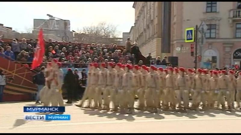 Радость, трепет, благодарность ветеранам. Они - почётные гости Парада Победы. Главный праздник - на центральной площади столицы