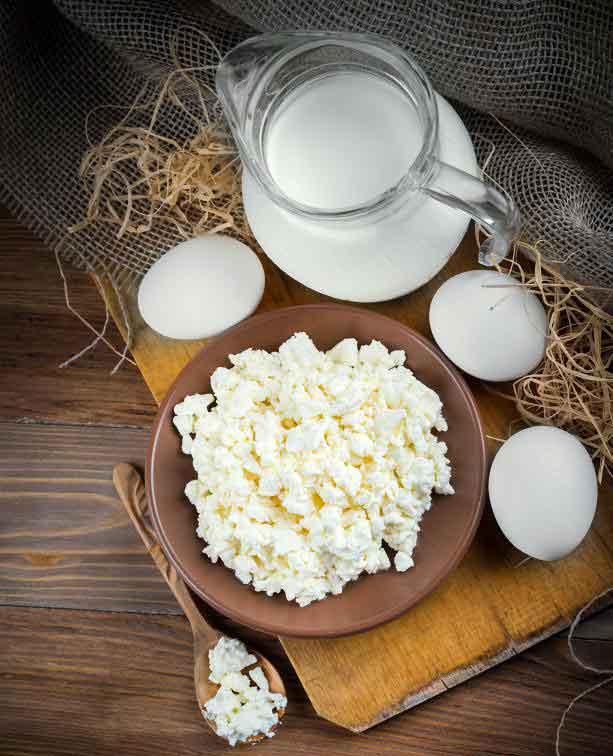 Людям, страдающим колитом, часто рекомендуется избегать или сокращать молочные продукты