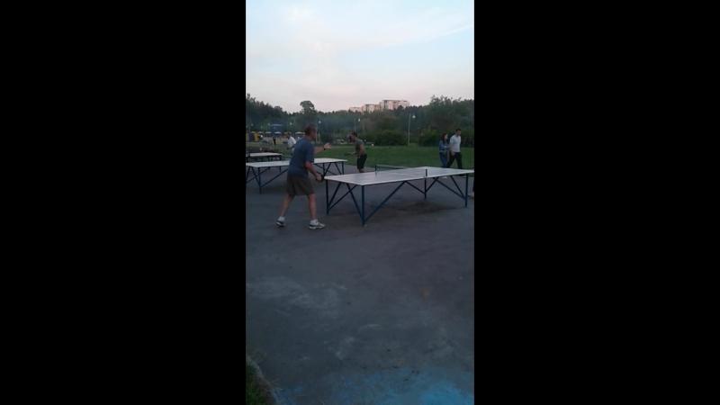 Теннис в Зелике