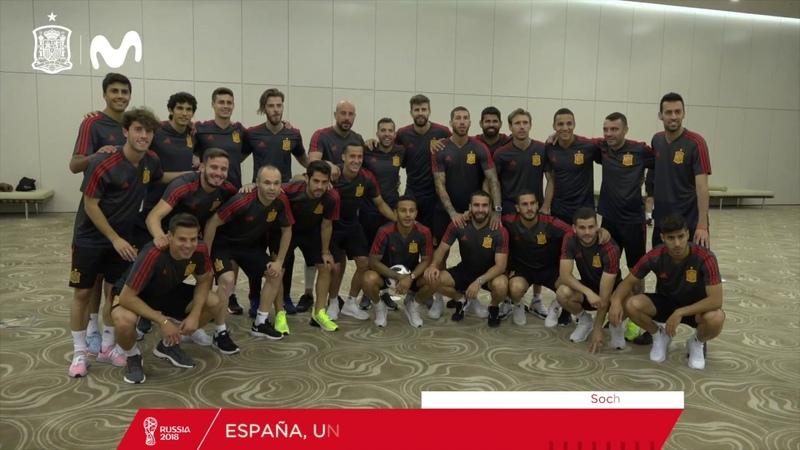 Los internacionales españoles, en su sesión de activación en Sochi antes del debut en el Mundial