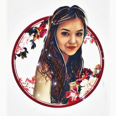 Анна Расторгуева