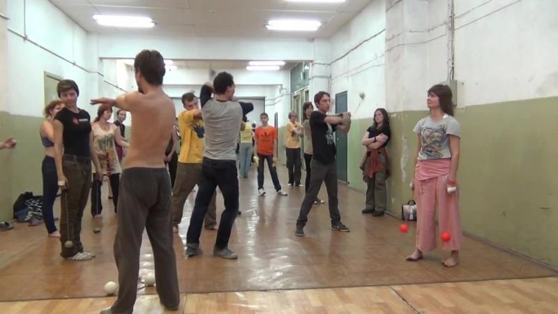 Мк Cirill - пои Скользящий стиль ч.2 -огни Востока 2013