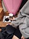 Когда на кресле тебя ждёт кот, а на тумбочке — книга, ты вернёшься домой сквозь ураганы…