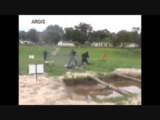 """Preparación de la milicia venezolana """" propaganda del regimen"""" y no es vídeo de humor"""