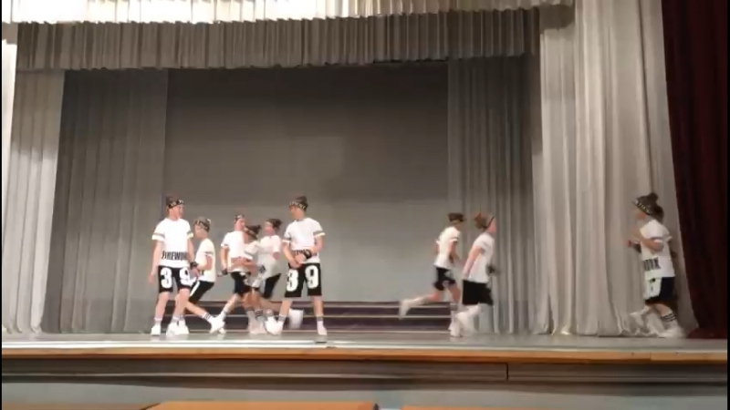 Танец по хип-хопу школы танцев РИТМ