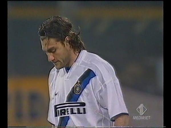 Parma - Inter 10 200304 (16a - 10-01-2004) [E. Filippini]