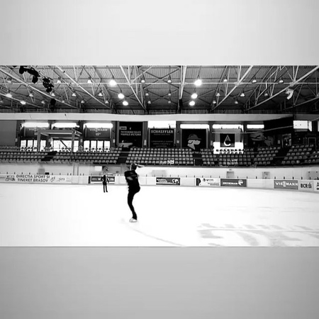 """TeamLipnitskaya on Instagram """"Юляяяя😍😍😍 АААА😍😍 Как же я скучала по твоим вращениям😭🔥🔥 julialipnitskaya teamlipnitskaya @academy_ilinykh_lipnits..."""