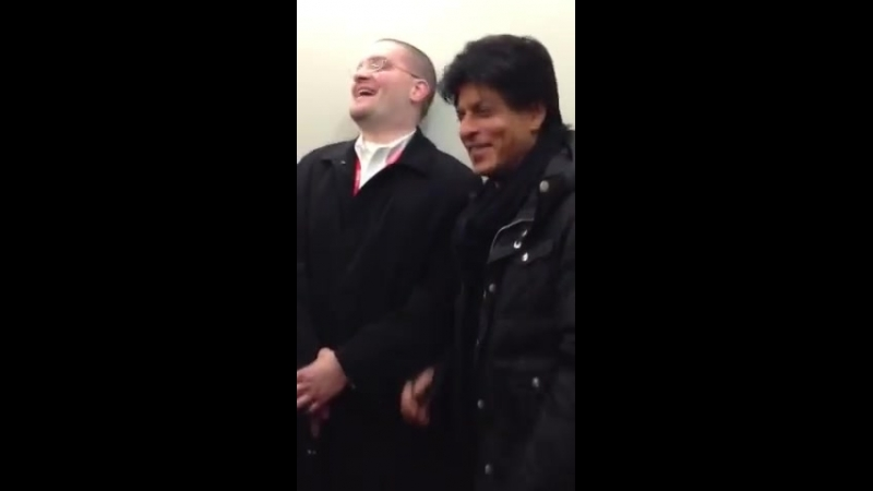 SRK IN VANCOUVER FOR TOIFA 2013