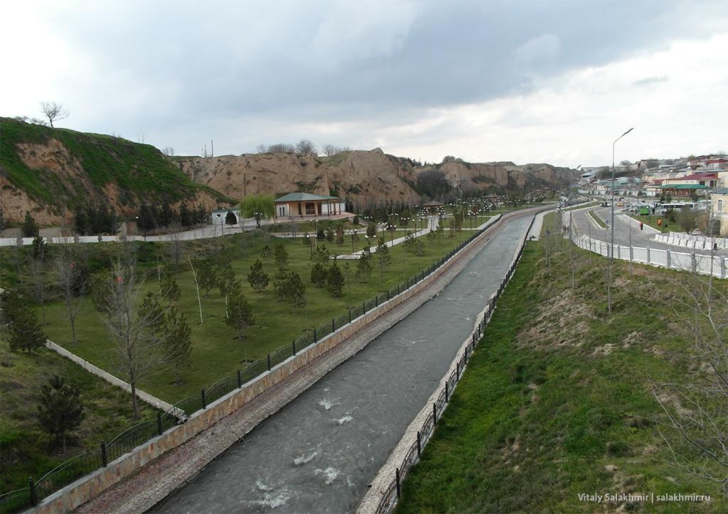 Панорама с рекой Сиеб, Узбекистан, Самарканд 2019