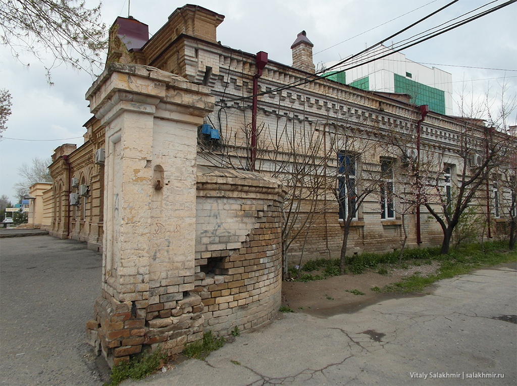 Старые стены, Узбекистан, Самарканд 2019