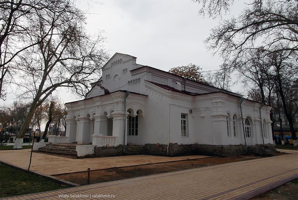 Старый дом в центре Самарканда, Узбекистан 2019