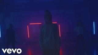 2 Ляма feat Zivert - Техно (Music Video)