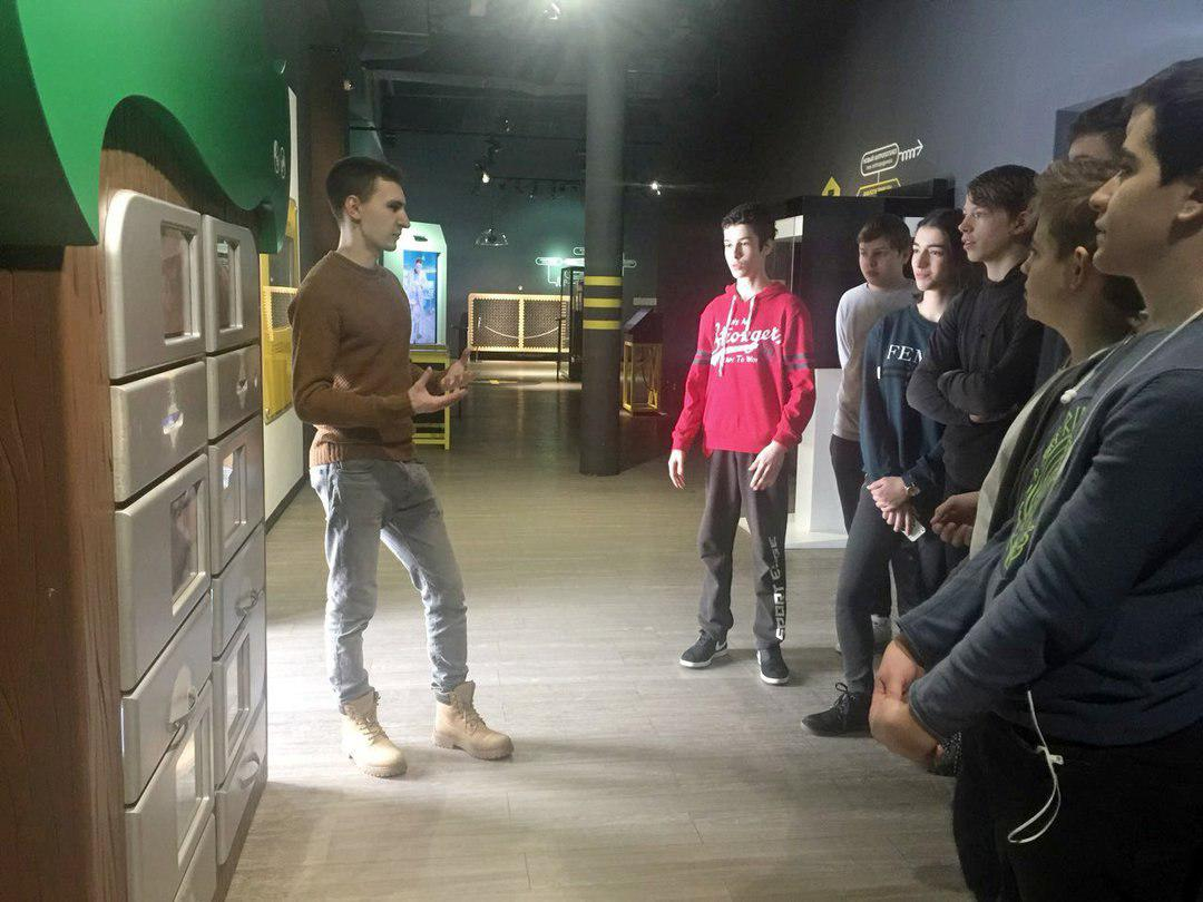 Школьники Лианозова познакомились с разработками российских ученых