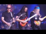 G3 - JOE SATRIANI ULI JON ROTH JOHN PETRUCCI - All Along The Watchtower - Eindhoven 04-14 2018