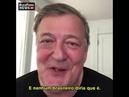 Ator britânico Stephen Fry diz que discurso de Bolsonaro é aterrorizante