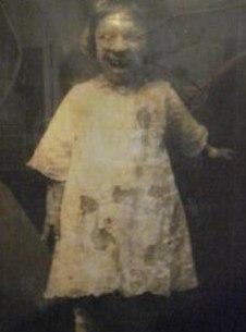 Мертвая девочка в подвале