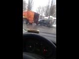 Авария с мусоровозом на Привольной ПИТ СТОП в Белгороде, 12.02.2019