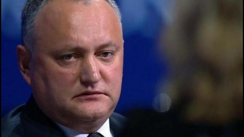 Маски сброшены американцы публично требуют отстранения президента Молдавии