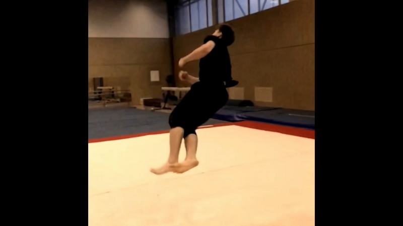 Попытки на даблкорк после 5 лет страдания фигней и пару трюков из тренировки.....,.