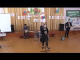 Выступление школьного ансамбля под руководством К.В.Секушина на фестивале