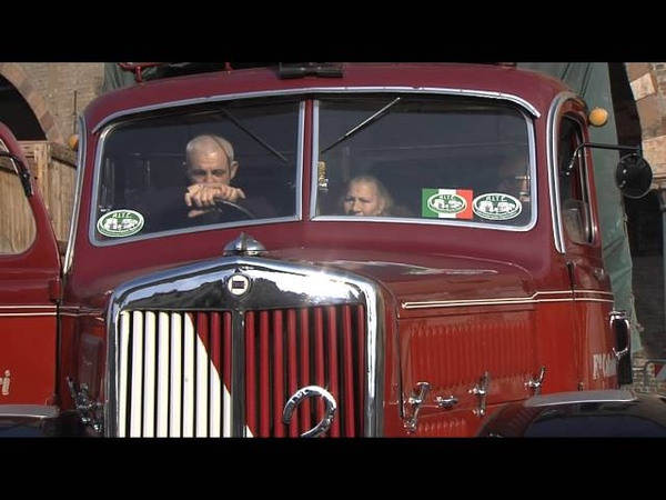 Raduno di camion e autobus storici (Mantova, 06/04/2013)