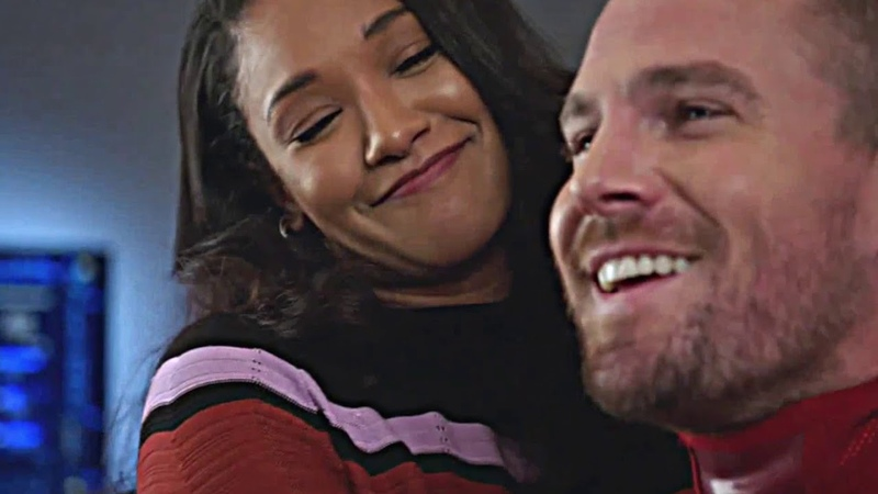 Iris West crushing on Oliver Queen Elseworlds