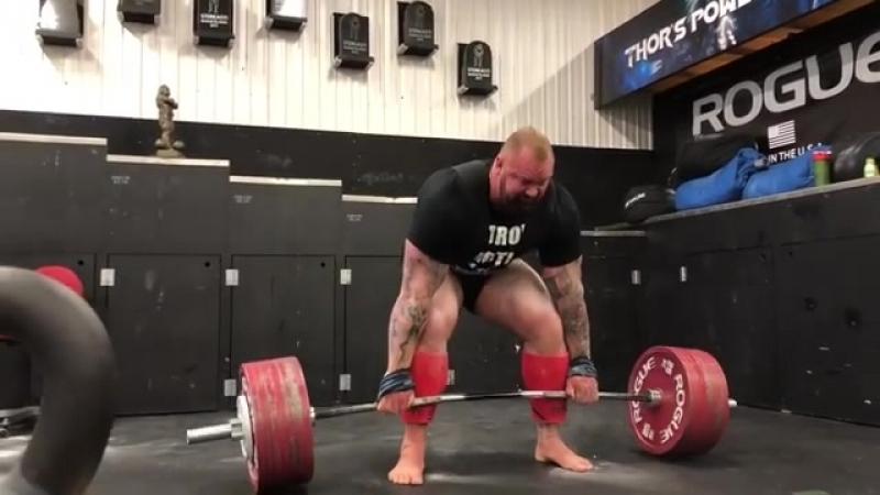 Тор Бьорнссон - тяга 380 кг