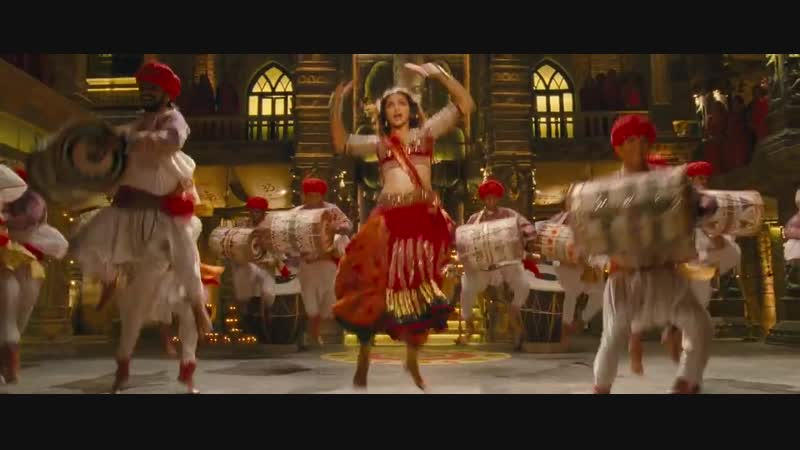 Индийский танец Deepika Padukone / Goliyon Ki Rasleela Ram-Leela / Nagada Sang Dhol