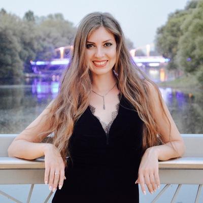 Олюська Михайлова