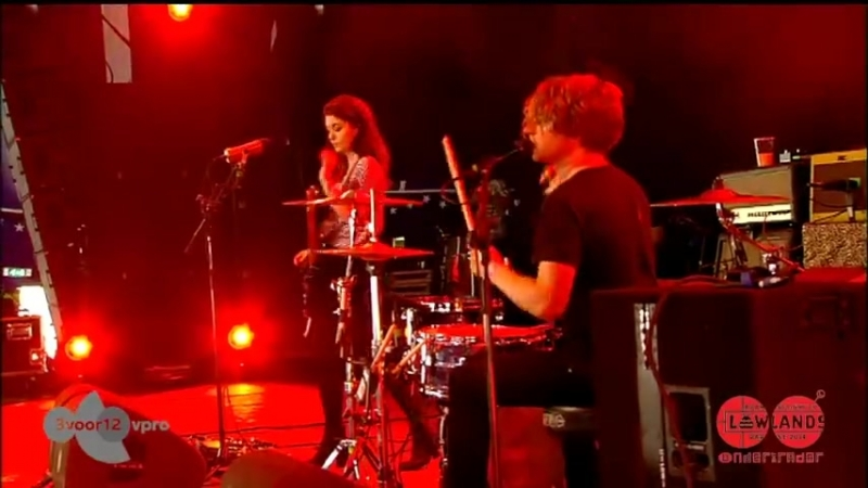 Blood Red Shoes - Concert - Lowlands 2014