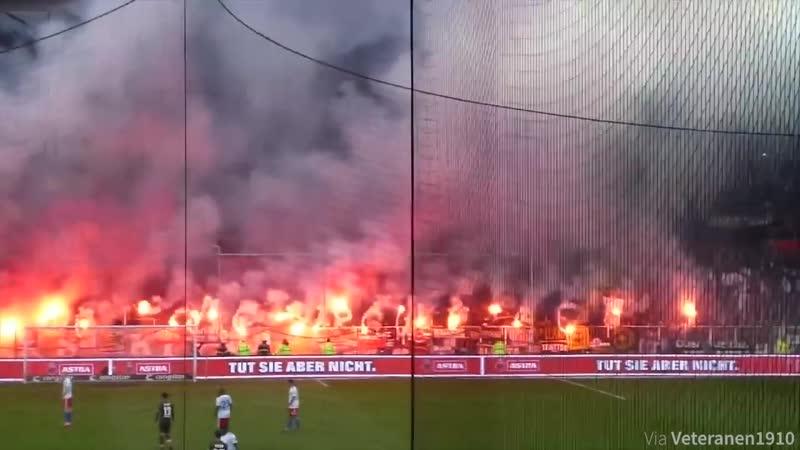 Ultras-Tifo. Hamburg derby in just 2 minutes!