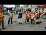 Вот так весело и с песней мы проводим каждую субботу в центре Екатеринбурга. Харинама-санкиртана :)