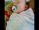 когда температура 38_5,спать ложимся только 4 утра ,все усталино моя сладкая доченька решила всем по помочь себя укачать