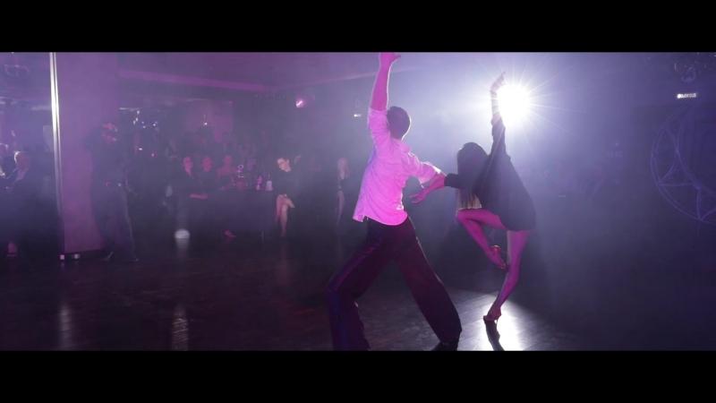 Танец Микин Роман и Кристина Гарифуллина. Школа танцев Романа Ковгана.