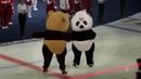 Русский мишка и китайский панда символы II зимних молодежных игр