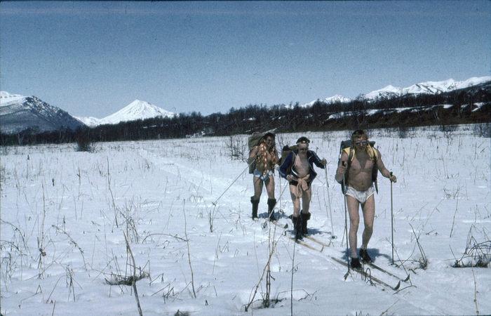 Горнолыжные походы в апреле, СССР, Камчатка, 1987 год.