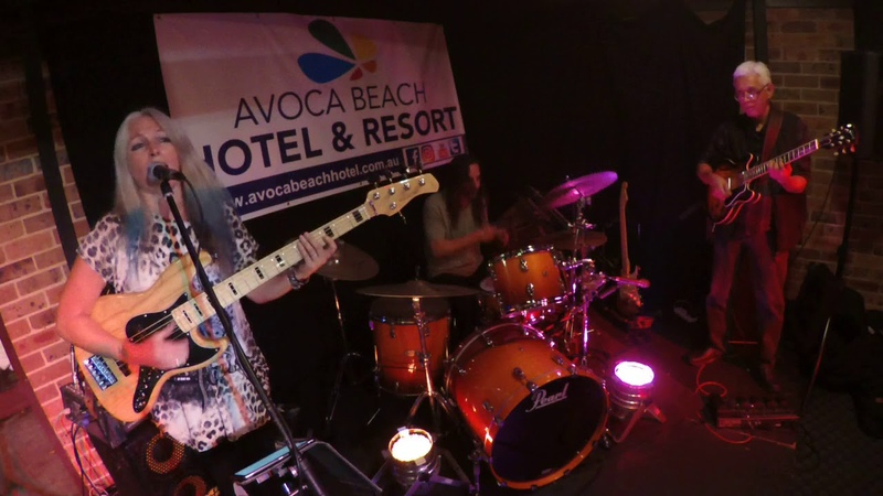 Rebecca Johnson Band *WE ARE FAMILY* Live @ Avoca Beach Hotel (17/6/18)