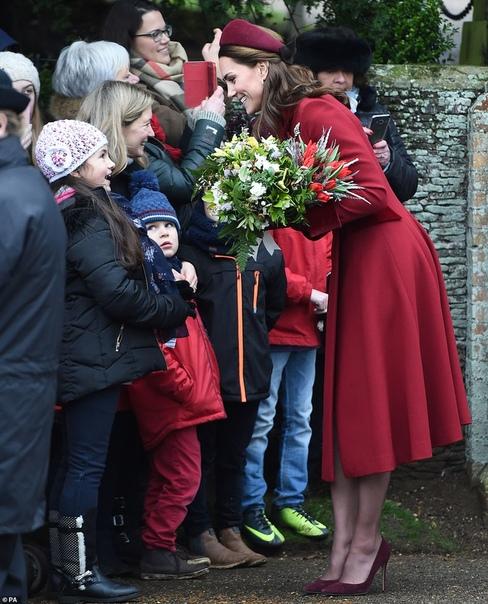 Британская королевская семья на рождественской службе