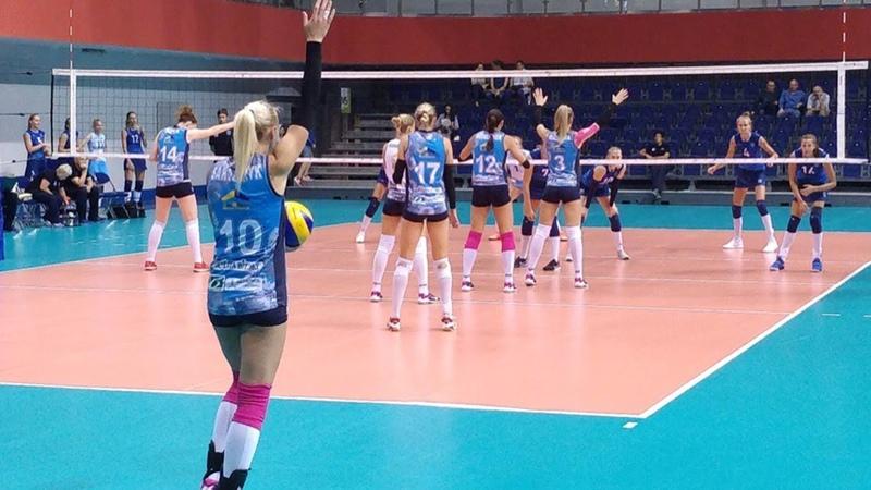 Международный волейбольный турнир проходит на Чижовка Арене