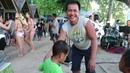 Девушки на пляже - Праздник на пляже и танцы - Жизнь на Филиппинах