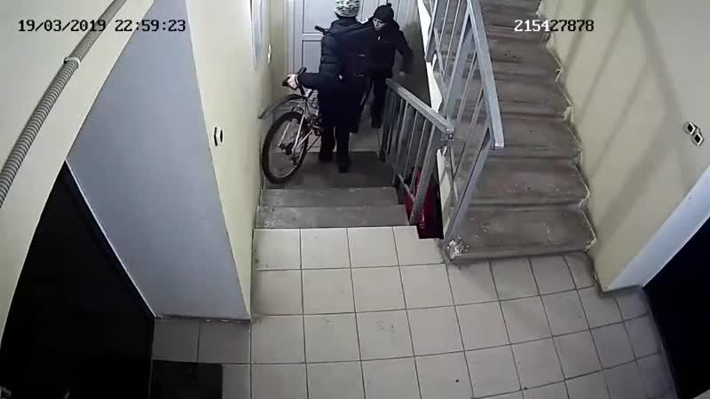 Велосипеды украли на ул Праздничная 3