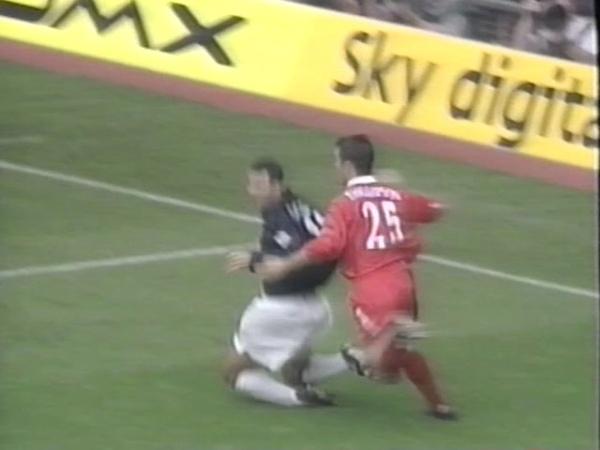 Liverpool v Manchester Utd 199900