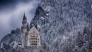 Зимний лес и снежные горы.Winter forest and snowy mountains.