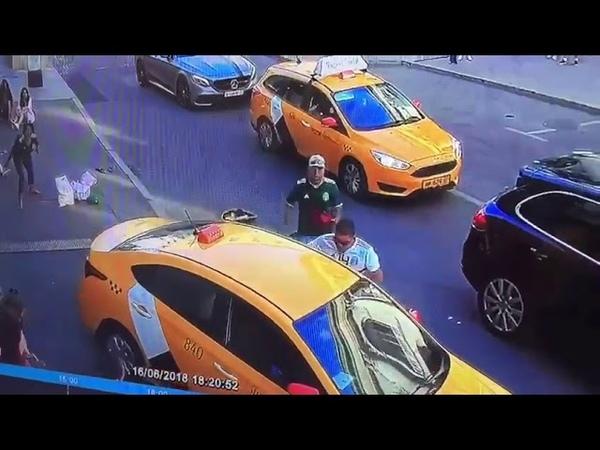 Киргиз-таксист въезжает в топу мексиканских болельщиков в Москве