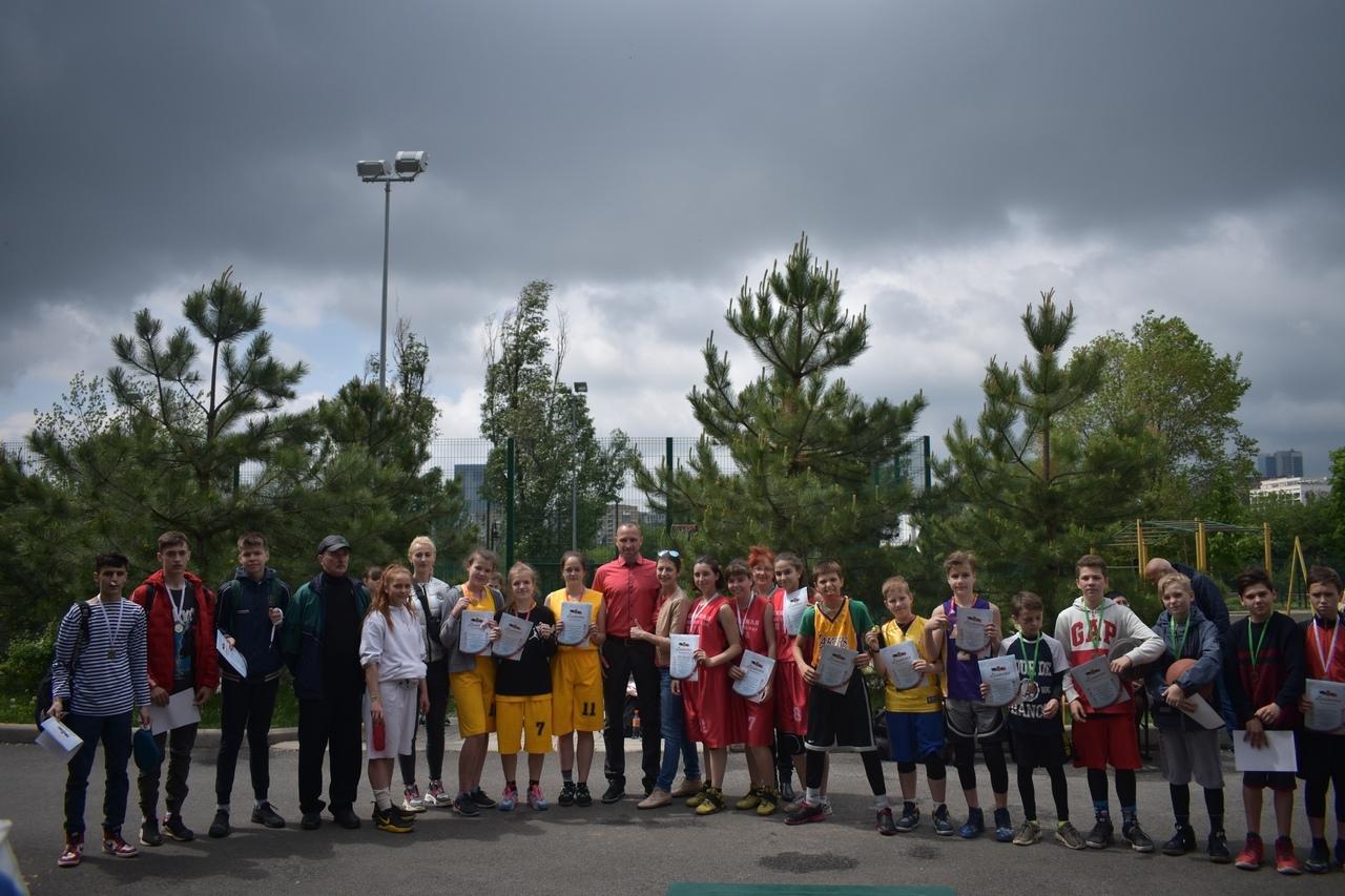 В Донецке состоялся спортивный праздник, посвящённый 74-й годовщине Победы в Великой Отечественной войне