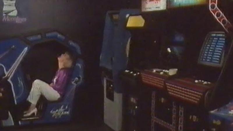 KUMMITÄTI Kotimainen elokuva 1987