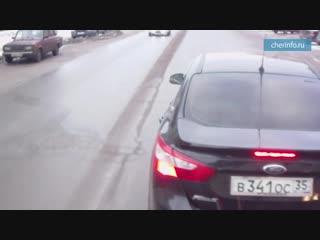 Как автомобилисты подрезают автобусы