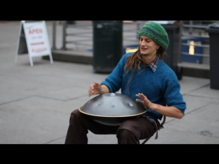 Street musician with unbelievable instrument! (Daniel Waples)