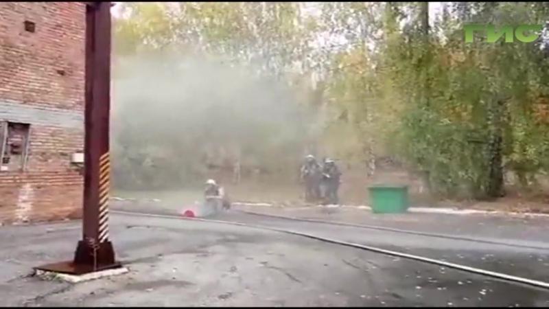 Внимание, утечка хлора! Самарские спасатели отработали чрезвычайную ситуацию на химически опасном объекте