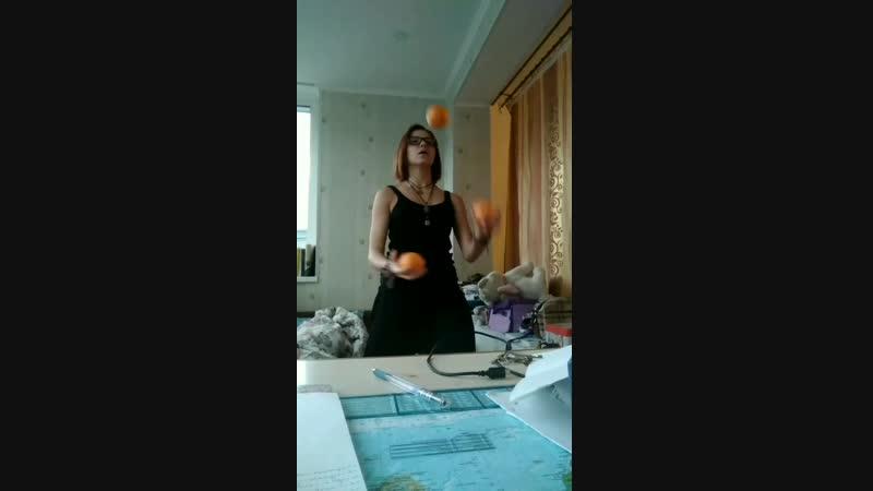 Juggling.is.fun.